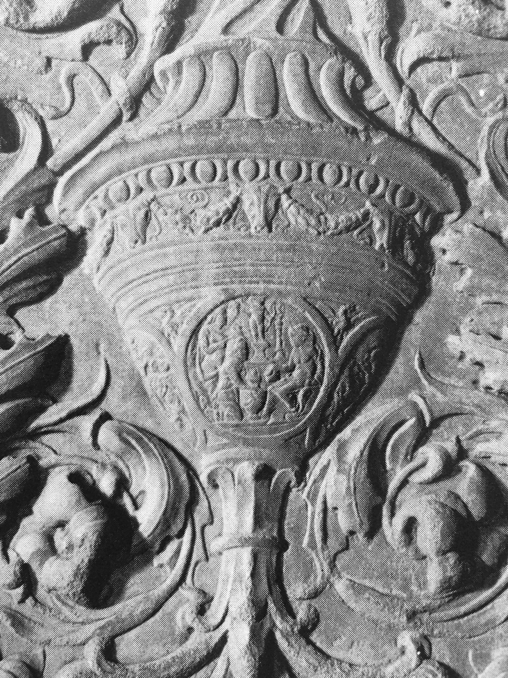 Castello Sforzesco _ carved marble panel of a candelabraum _ ca 1478-80 by Giovanni Antonio Amadeo _ detail